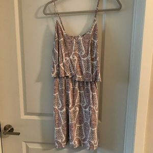 Old Navy Dresses - Pink and white paisley sundress size medium